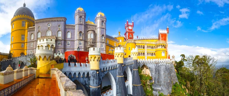 Une suggestion des 10 châteaux considérés comme les plus beaux du Portugal, des constructions de défense fortifiée qui servaient de protection et de places fortes au Moyen Âge.