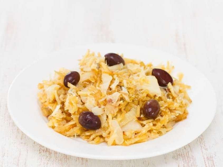 Un plat dont il y a tant de variations dans sa confection comme le Bacalhau à Brás, le Bacalhau à Gomes de Sá, le Bacalhau au four, la Punheta de Bacalhau.